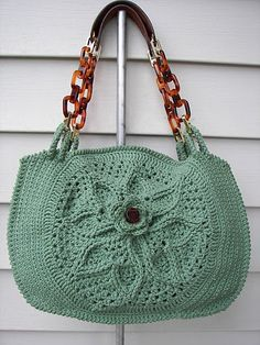 crochet purse http://club.osinka.ru/search.php?tg=47480&f=t&tid=782403&q=%F1%F3%EC%EA%E0*mango