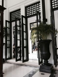 Bangkok - The Siam Hotel Siam Hotel Bangkok, The Siam Hotel, British Colonial Decor, Modern Colonial, Decoration Inspiration, Interior Inspiration, Interior Architecture, Interior And Exterior, Cool Ideas