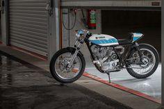 Yamaha SR400 Cafe Racer Supercharged - Tribute to Bernard Ansiau - KRUGGER #motorcycles #caferacer #motos   caferacerpasion.com