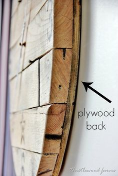 How to make a pallet wood clock. Make a clock using plywoodcheck and pallet wood… How to make a pallet wood clock. Make a clock using plywoodcheck and pallet wood and clock hands. Fun project for your wall using simple re-purposed materials. Pallet Crafts, Diy Pallet Projects, Wood Crafts, Woodworking Projects, Pallet Ideas, Repurposed Wood Projects, Pallet Designs, Woodworking Garage, Diy Crafts