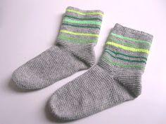 Diy Crochet, Socks, Clothes For Women, Knitting, Pink, Design, Clothing, Fashion, Tejidos