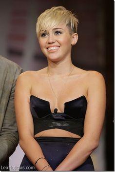 A Kate Winslet le parece perturbador el comportamiento de Miley Cyrus - http://www.leanoticias.com/2014/01/03/kate-winslet-le-parece-perturbador-el-comportamiento-de-miley-cyrus/