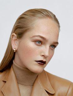 Vogue Makeup, Vogue Beauty, Beauty Makeup, Hair Makeup, Sarah Harris, Editorial Hair, Beauty Editorial, Makeup Trends, Hair Trends