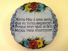 Os azulejos portugueses com quadras verdadeiras :) | Minho em Festa Portuguese Quotes, Portuguese Recipes, Portuguese Tiles, Proverbs, Picture Quotes, Quote Of The Day, Portugal, Azores, Mothers Day Quotes