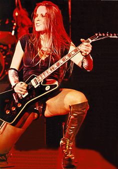 The Runaways Lita Ford- Live1977 - the-runaways Photo