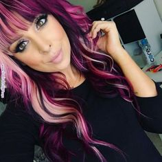 Blond purple pink magenta hair I want her hairrrr Blond purple pink magenta hair I want her hair New Hair Colors, Cool Hair Color, Magenta Hair Colors, Pink Purple Hair, Hair Colours 2018, Pink And Black Hair, Blonde Pink, Ombre Color, Teal