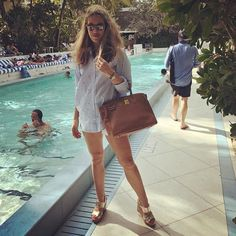 Sunday Summer Mood!☀️#happysunday #brunch #sohohouse #miami #itshoes #newcollection #comingsoon #itvalentinagold #thecoolestplatformsintheworld #veryproud #thenextbestseller