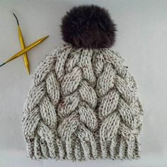 Let's be serious here. Who can resist big, squishy, braided cables? Knit Hats, Braids, Winter Hats, Let It Be, Knitting, Big, Pretty, Instagram Posts, Breien