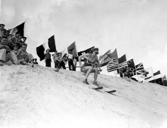 Florida Memory - Young woman skis down the mountain of sand - Fort Meade, Florida [Yep, heard about this my whole life too! I'm so glad there are photos to prove the myth is true! Old Florida, Florida Home, Fort Meade, Old Fort, Fort Walton Beach, Skiing, Mountain, Memories, History