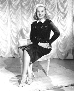 1940-1949 BETTY GRABLE b/w glamour classic photo (Celebrities & Musicians) | Collectibles, Photographic Images, Contemporary (1940-Now) | eBay!