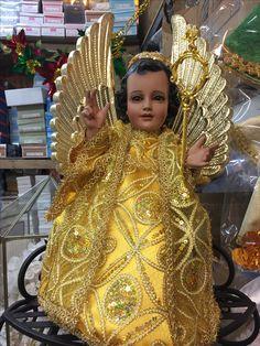 Jesus Clothes, San Gabriel, Religion, Buttons, Fashion, Saints, Girls Dresses, Little Girl Clothing, Moda
