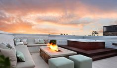 Rooftop deck... YES PLEASE!!!