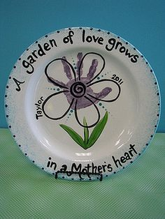 mothers day flower handprint by chesapeake ceramics via flickr grandparents day gifts diy mothers