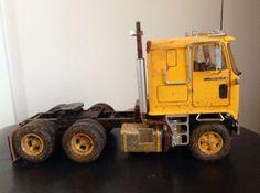 GMC ASTRO 95 Semi Tracteur cabover truck 1:25 scale AMT détaillé Kit Plastique