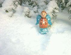 Игрушка елочная ангел из дерева с автор. росписью, 8,5см – купить в интернет-магазине на Ярмарке Мастеров с доставкой