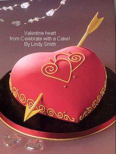 Valentine heart cake by Lindy Smith