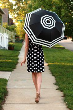 DIY: Striped Umbrella DIY Umbrella Supplies: Black Umbrella Ruler + Tailor's Chalk White Fabric Paint (I used Block Ink) Paintbrush