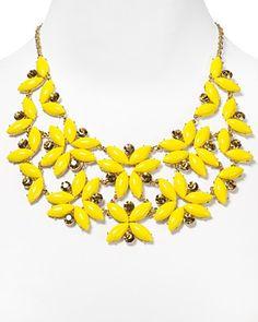Reminds me of a Bones necklace :) I wantttt .