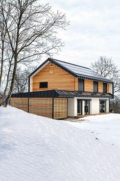 Fertighäuser mit gut gedämmter Holzfassade sehen nicht nur gut aus, sondern halten auch innen schön warm. Foto: djd/Hanlo Haus