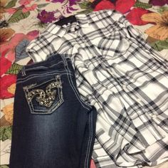 Aeropostale flannel NWOT with jeans The flannel is brand new, was to big so never wore it, jeans are from rue 21, cute, size 5, the only thing wrong with them is the thing shown on pic 2 hardly noticeable. free shirt will be included **surprise** Aeropostale Jeans Skinny