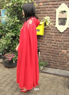Capes, Plastic Mac, Rain Cape, Rubber Raincoats, Pvc Vinyl, Raincoats For Women, Rain Wear, Women Wear, Formal Dresses