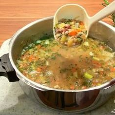 Ciabatta, Cheeseburger Chowder, Curry, Yummy Food, Ethnic Recipes, Soups, Projects, Soups And Stews, Cold Cuts