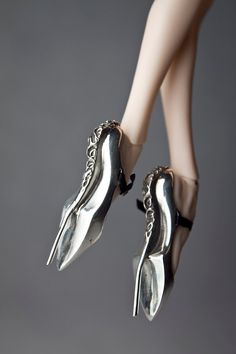 and i thot my own shoe fetish was bad! now i can buy #shoes for my #barbie that are nearly as costly, ursi sarna fashion PRE ORDER sterling silver by @DollsSymphony on @Etsy about.me/rochellefoles