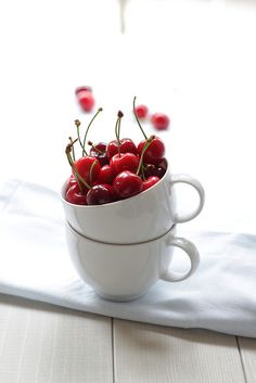 First cherries of the season! by Panpepato senza pepe, via Flickr