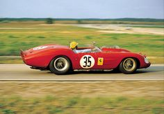 1962 Sebring - NART Ferrari ~ might be Ricardo Rodriguez, judging by the yellow helmet.