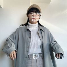 Aesthetic Girl, Aesthetic Clothes, Japanese Aesthetic, Japan Fashion, Ulzzang, Asian Girl, Military Jacket, Rain Jacket, Street Wear