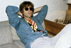 The Beatles - John Lennon. Imagine John Lennon, John Lennon And Yoko, John Lennon Beatles, Johnny Rotten, Johnny Depp, Joey Ramone, Joe Strummer, Liza Minnelli, Steven Tyler