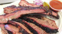 Barbecue in the United States is regional. Meat used, cooking style and type of sauce — or whether to use sauce at all — varies across the country. From the pulled pork of the Carolinas to the