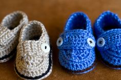 crochet baby shoes by simplebeans, via Flickr