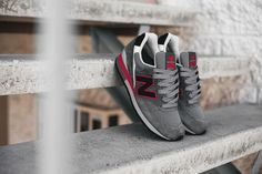 NEW BALANCE 996 (GREY/RED) | Sneaker Freaker