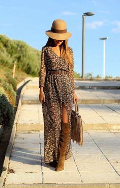 LOLA MANSÍL Fashion Diary: FLOWER DRESS Me gusta mucho este look con el vestido largo de Bershka