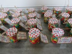 Picnic themed birthday party give aways
