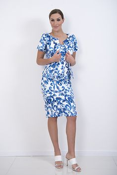 Delft Dress – The Delft cotton elastin dress is lined and sleeveless. It has  flattering white trim inserted in bands on each side at the waist line.  piadupradalonline