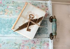 Shabby Vintage Tray~Best of DIY - All Things Heart and Home