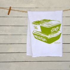 Hey, I found this really awesome Etsy listing at https://www.etsy.com/listing/191179144/tea-towel-crazy-daisy-spring-blossom
