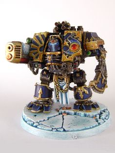 Traitor Thousand Sons Dreadnought. Wargear: left/right-arm chainfist/plasma-cannon w/ integral combi-bolters/heavy-flamers. Figurine Warhammer, Warhammer 40k Art, Warhammer Models, Warhammer 40k Miniatures, Warhammer Fantasy, Eternal Crusade, Thousand Sons, Grey Knights, Tyranids