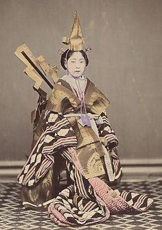 thekimonogallery:    Osaki Kioto, a dancer. Hand-colored photo, circa 1870's, Japan, by photographer Shinichi Suzuki