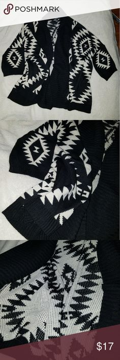 Knit aztec print open cardigan Never worn. Nwot.  Black and White open knit Aztec tribal print cardigan Forever 21 Sweaters Cardigans