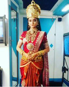 Indian Goddess, Goddess Lakshmi, Siya Ke Ram, Devon Ke Dev Mahadev, Bridal Chuda, Pooja Sharma, Ballroom Costumes, Traditional Looks, Bridal Wedding Dresses