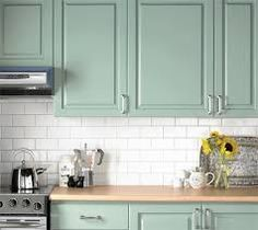 mint kitchen + white subway tile just needs a dark grey granite and its set. Love this color! Kitchen Cabinet Colors, Painting Kitchen Cabinets, Kitchen Paint, Kitchen Redo, Kitchen Cupboards, Wood Cabinets, Kitchen Colors, New Kitchen, Kitchen Ideas