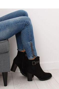 4d73330bdfc Fashion e-Shop/Παπούτσια/Μποτάκια σουέτ ψηλοτάκουνα με τρουκς στο τακούνι -  Μαύρο
