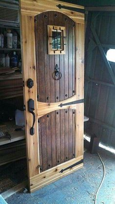 15 Steampunk Bedroom Decorating Ideas for your Home steampunk bedroom ideas (bedroom ideas) Tags: steampunk bedroom decor, steampunk bedroom diy - Door Rustic Doors, Wood Doors, Rustic Interior Doors, Rustic Wood Decor, Rustic Exterior, Rustic Art, French Interior, Diy Lush, Steampunk Bedroom