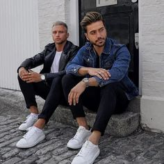 Men's Fashion Tips Men With Street Style, Urban Street Style, What Should I Wear Today, Photography Poses For Men, Fashion Photography, Casual Outfits, Men Casual, Men Style Tips, Mens Fashion