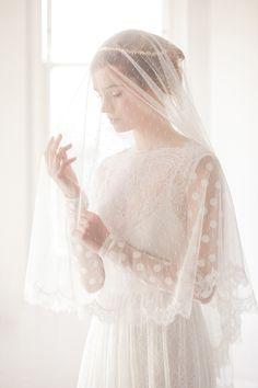 Polka-dot-drop-veil-lace-edge--Amie--Britten-weddings