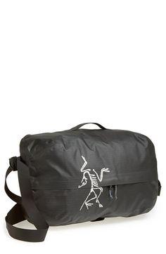 Men's Arc'teryx 'Carrier' Weather Resistant Convertible Duffel Bag/Backpack - Black (35 liter)