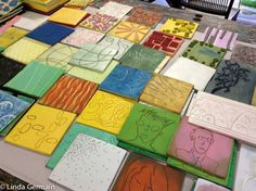 Foam printing plates ready for printmaking Gelli Plate Printing, Stamp Printing, Screen Printing, Printing On Fabric, Visual Art Lessons, Foam Stamps, Gelli Arts, Expressive Art, Tampons